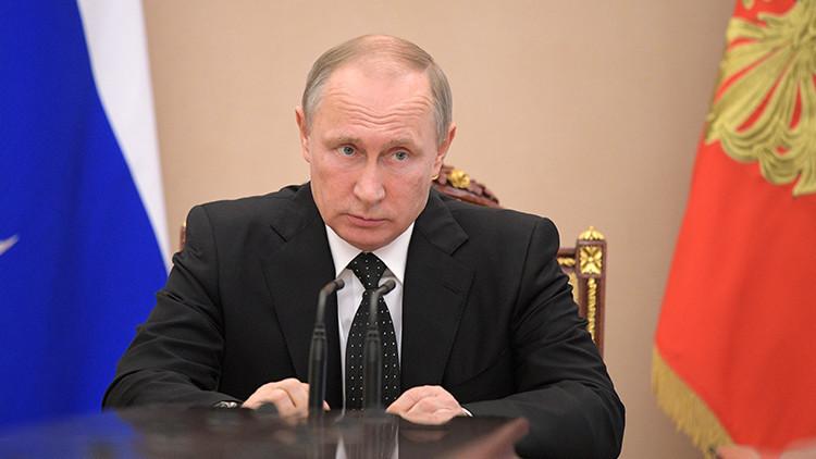 Putin revela cómo los servicios especiales extranjeros tratan de contener a Rusia
