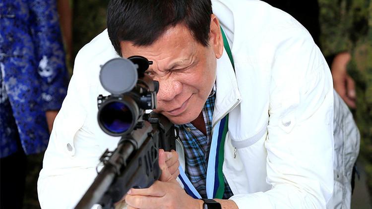 """""""Su deber es huir"""": Duterte protegerá a los soldados que maten a civiles de manera accidental"""