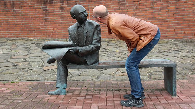Harvard revela el truco infalible para caer más simpático