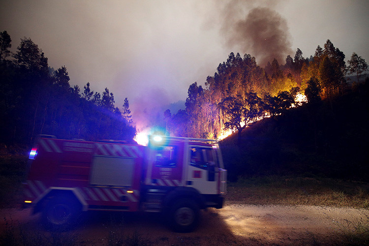 Terrible incendio forestal en Portugal: unos 62 muertos