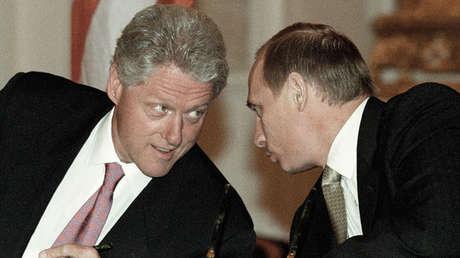 El presidente ruso, Vladímir Putin, y su homólogo de EE.UU., Bill Clinton, el 6 de mayo de 2000.