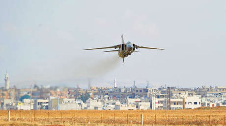 Un caza MiG-23 de la Fuerza Aérea de Siria