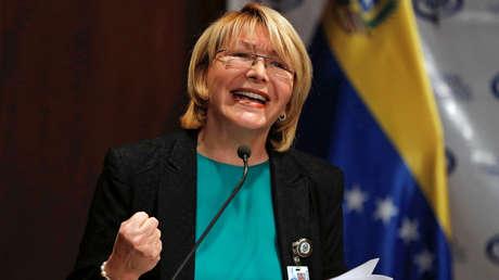 La fiscal general de Venezuela, Luisa Ortega Díaz, hace declaraciones durante una conferencia de prensa en Caracas.