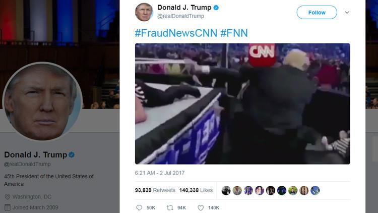 VIDEO: Trump tuitea video en el que golpea a un hombre con el logotipo de la CNN en la cabeza
