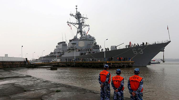 """Pekín: El buque de guerra de EE.UU. en el mar la China Meridional es una """"seria provocación"""""""