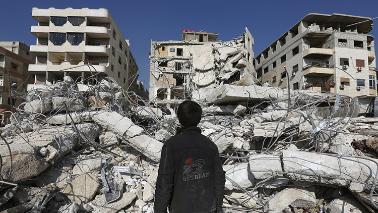 "Zajárova: ""El 'show químico' contra Damasco está ganando impulso"""