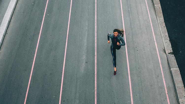 La imagen que desafía a la Red: ¿de qué color es esta ropa deportiva de Nike? (FOTO)