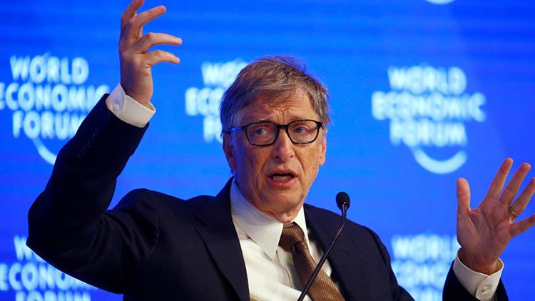Bill Gates critica la generosidad de Alemania con los refugiados