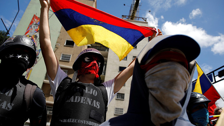 """Diputado venezolano: """"Para llegar a una intervención extrajera hay que pasar por la violencia"""""""