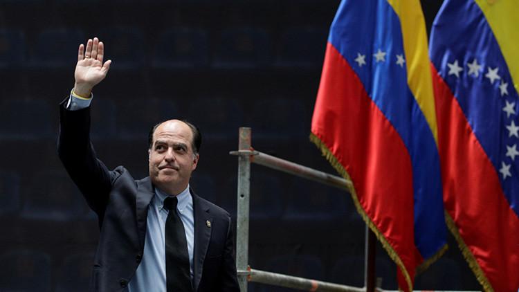 """¿Por qué es inconstitucional el """"plebiscito"""" convocado por la oposición venezolana?"""
