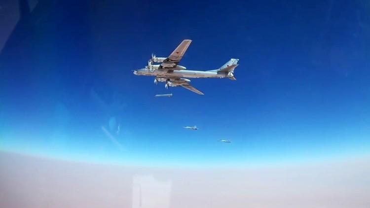 """'The National Interest': """"Uno de los bombarderos más mortales de Rusia tiene una nueva temible arma"""""""