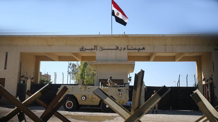 Mueren diez soldados egipcios en un atentado suicida en la península del Sinaí