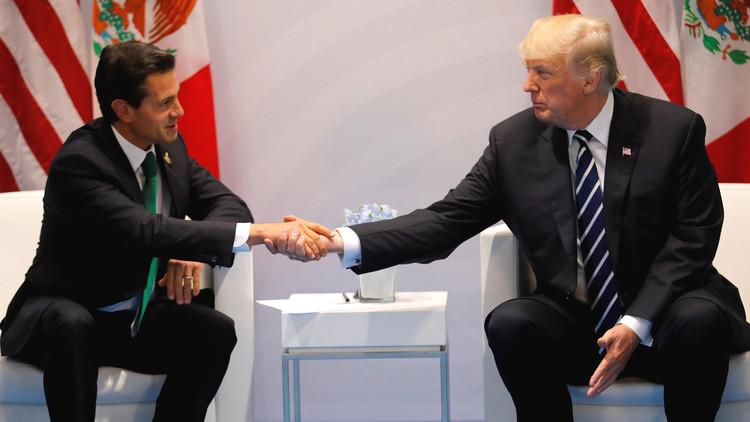 Trump reafirma que México pagará por el muro fronterizo tras reunirse con Peña Nieto