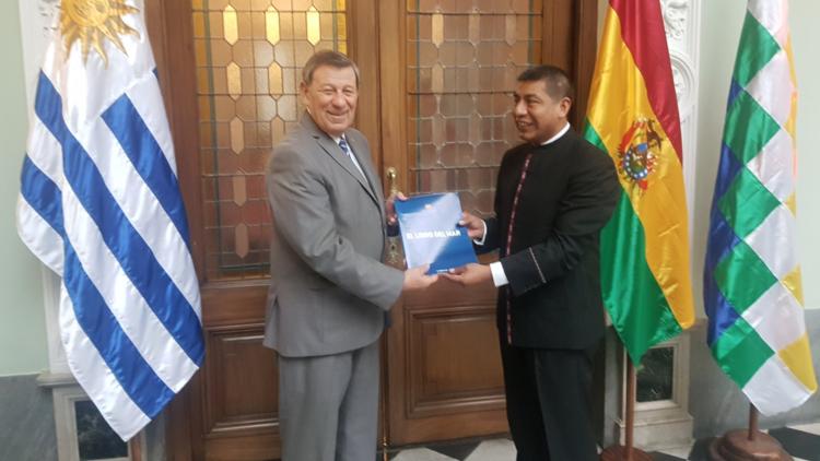 Bolivia profundiza acuerdos con Uruguay para brindar salida marítima a sus productos