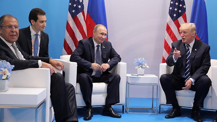'House of Cards': Insólita similitud entre el encuentro de Putin y Trump y la mítica serie (FOTO)