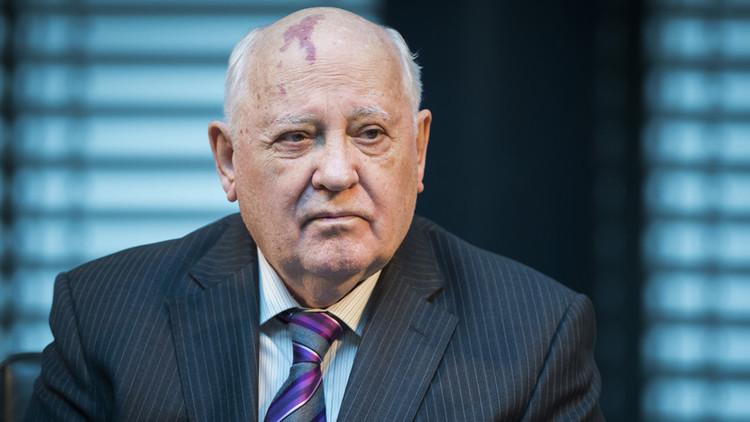 """Gorbachov: Es """"maravilloso"""" que el """"impredecible"""" Trump elogiara el encuentro con Putin"""