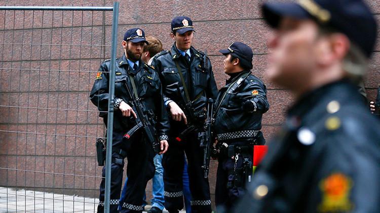 Noruega: Cuatro heridos en un tiroteo cerca de un club nocturno de Oslo