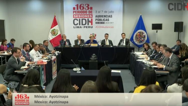 Los teléfonos de los estudiantes de Ayotzinapa estaban activos después de su desaparición (VIDEO)