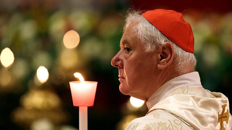 Un cardenal despedido por el papa Francisco 'se amotina'