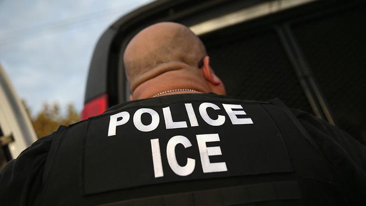 Fiebre deportadora: el Servicio de Inmigración de EE.UU., 'a la caza' de los europeos indocumentados