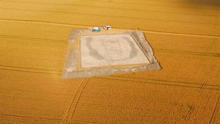 VIDEO, FOTOS: Descubren cerca de Stonehenge una 'Casa de los Muertos' de hace 5.000 años