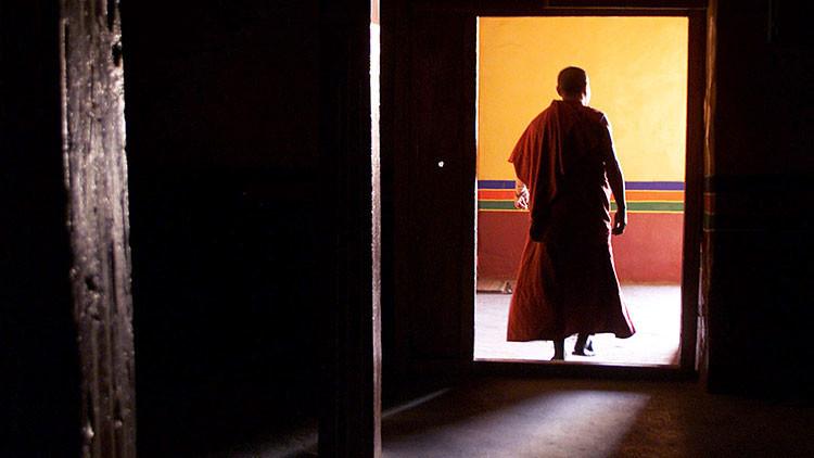 Condenan a prisión a un monje budista por abuso de menores en Alemania