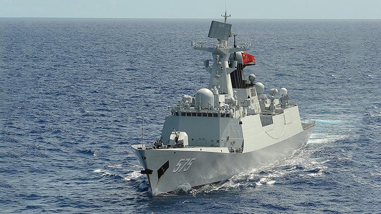 Buques chinos realizan ejercicios con fuego real en el mar Mediterráneo