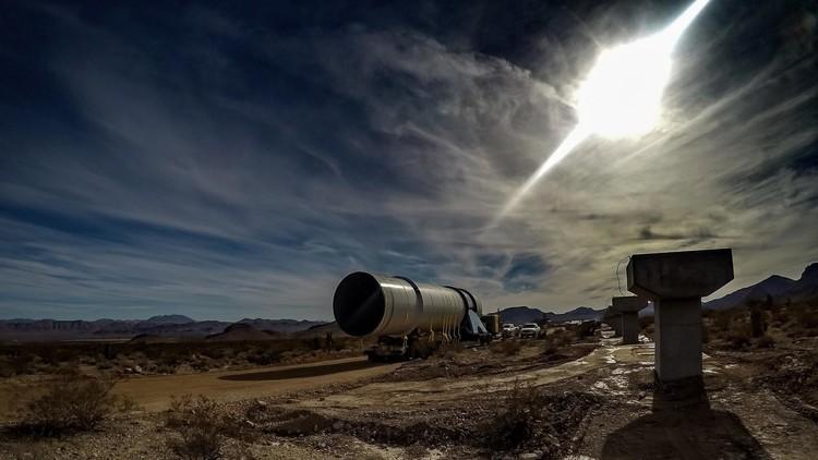 """""""Creamos nuestro propio cielo en un tubo"""": Hyperloop One prueba con éxito su tren ultra rápido"""