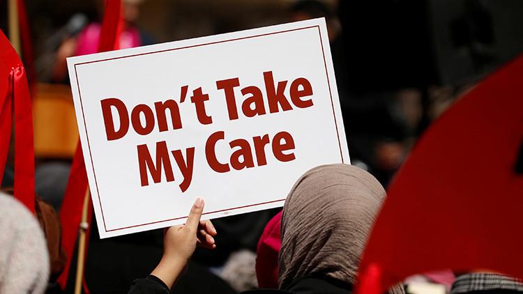 Los senadores republicanos presentan nuevo proyecto de ley para sustituir al Obamacare