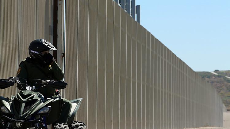 """Trump: """"El muro será transparente para que veas cómo los sacos de drogas caen sobre ti"""""""