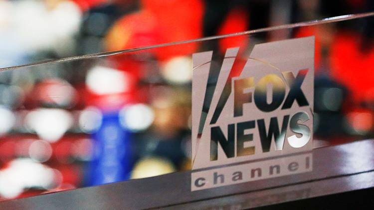 """""""¿Castigar a los rusos por tener RT?"""": Tenso debate entre presentador de Fox News y un demócrata"""