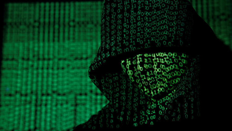 """'Hackean' la correspondencia del alto cargo de la Inteligencia de EE.UU. qué """"más sabe sobre Rusia"""""""