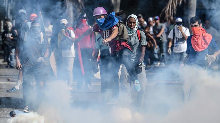 """La oposición venezolana, """"sin capacidad"""" para controlar el voto doble en el plebiscito"""