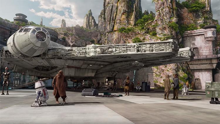 FOTOS, VIDEO: Disney nos acerca la galaxia muy muy lejana de 'Star Wars' con un gran parque temático