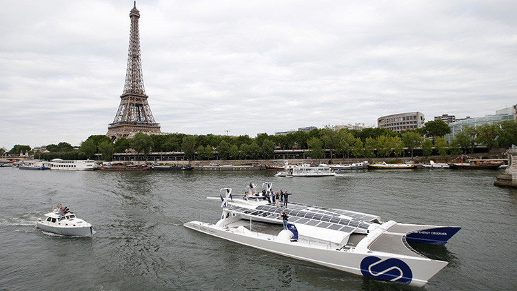 Barco ecoeficiente zarpa con el objetivo de ser el primero en dar la vuelta al mundo