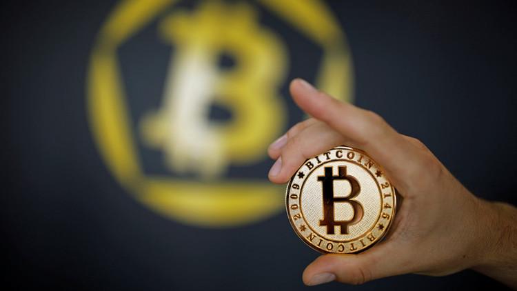 Duro golpe al bitcóin: el mercado de criptodivisas pierde 10.000 millones de dólares en 24 horas