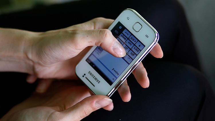 Conceden el divorcio a una mujer porque su marido no le contestaba los mensajes de texto