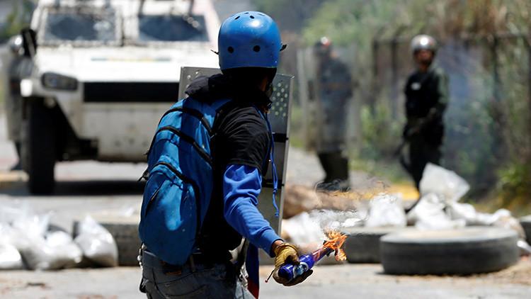 """""""El plebiscito y la violencia en Venezuela responden a un mismo plan"""""""
