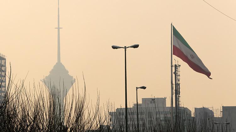 """""""Decisión barata e inútil"""": Irán promete responder a las nuevas sanciones de EE.UU."""