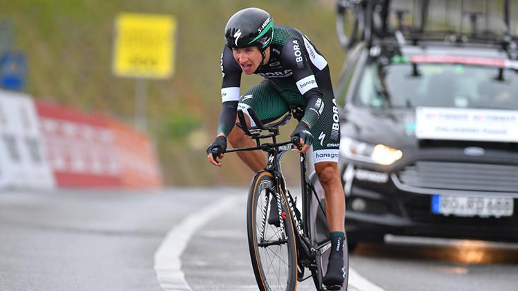 FOTO: Un ciclista del Tour de Francia asusta a las redes sociales con una imagen de sus piernas