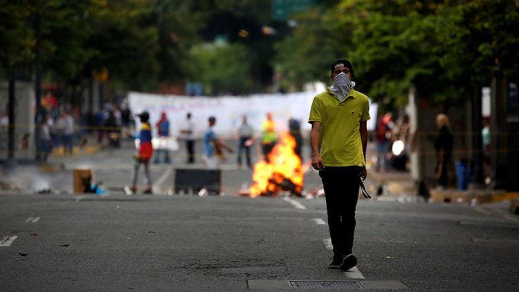 "Un golpe de Estado sin darlo: ""No se extrañen que Venezuela tenga un presidente paralelo"""