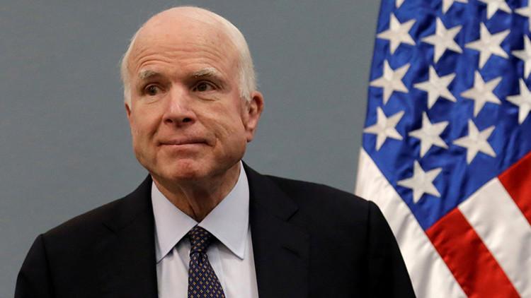 El senador republicano de EE.UU. John McCain tiene cáncer cerebral