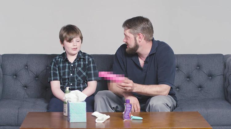 Un VIDEO en que los padres enseñan a sus hijos a masturbarse desata la polémica