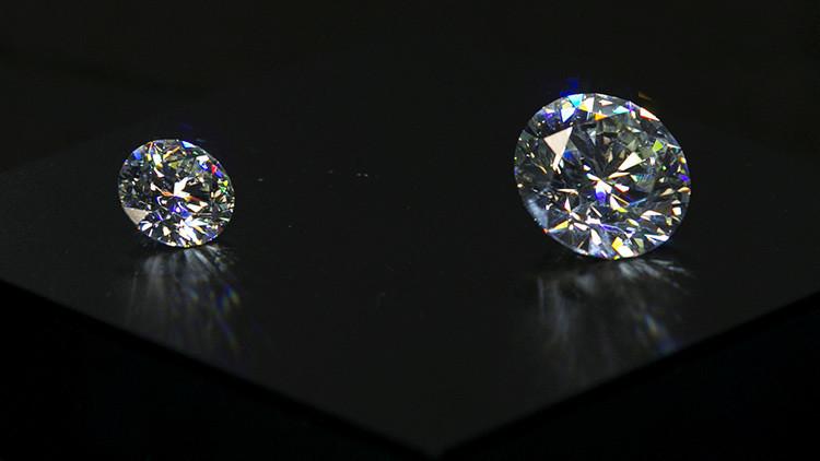 Venezuela y Angola firman un acuerdo de explotación diamantífera
