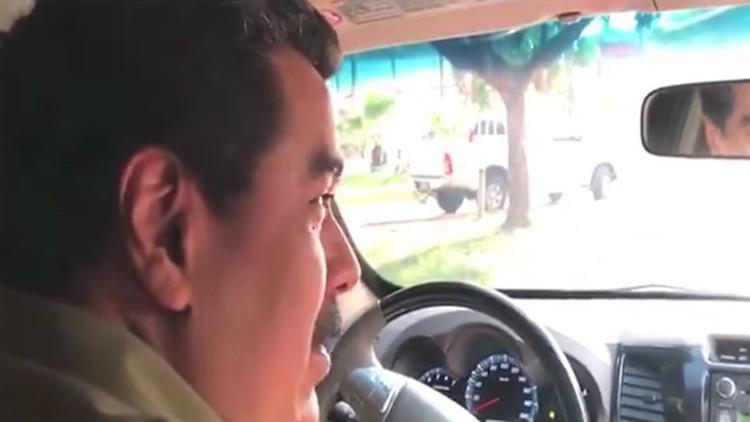Maduro sorprende conduciendo un auto por las calles de Caracas