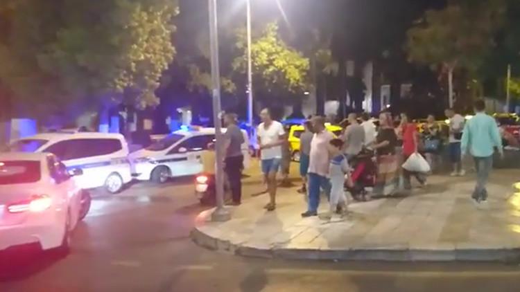 FOTOS, VIDEO: Hoteles inundados y pánico tras un fuerte sismo en la costa de Turquía