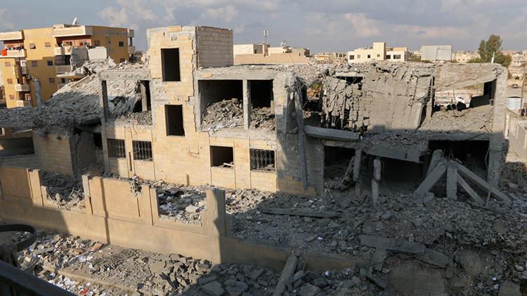 """""""Los perros se comían los cadáveres"""": testigos narran el horror de las masacres en Raqa"""