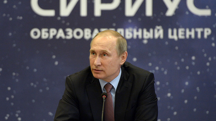 Putin habla si utiliza o no las redes sociales
