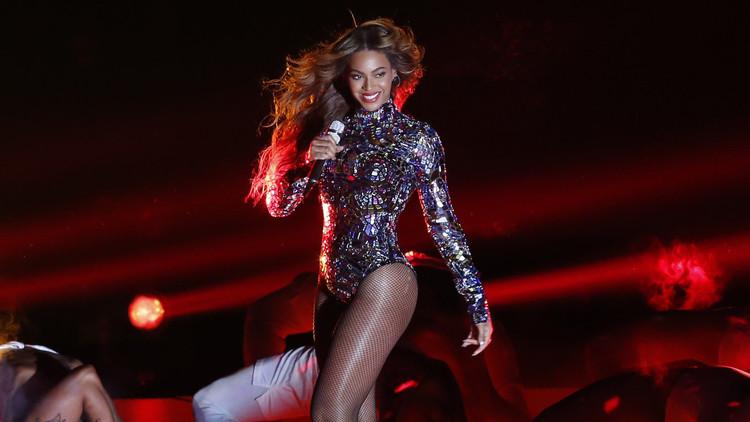 """Foto: El Museo Madame Tussauds modifica la polémica estatua de cera """"blanqueada"""" de Beyoncé"""