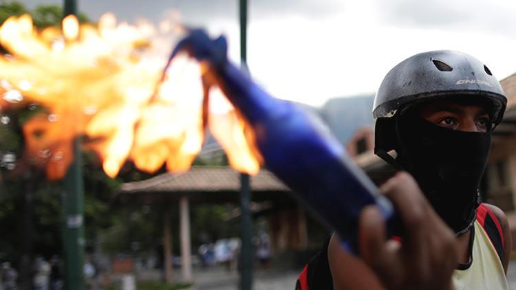 EE.UU. recomienda a sus ciudadanos en Venezuela aprovisionar agua y comida